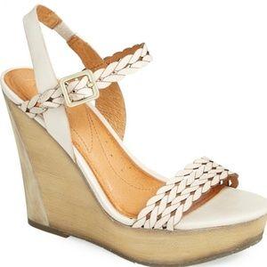 Naya Bellina Taupe Leather Wedge Sandal Size 9